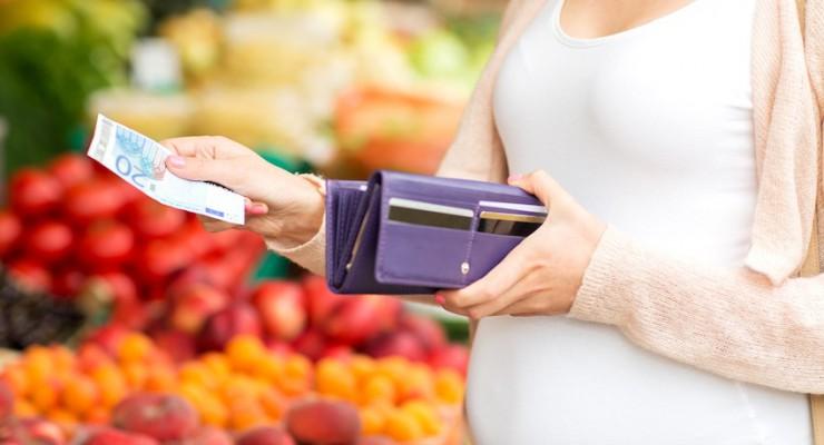 Mutterschaftsgeld beantragen: Antworten & Tipps
