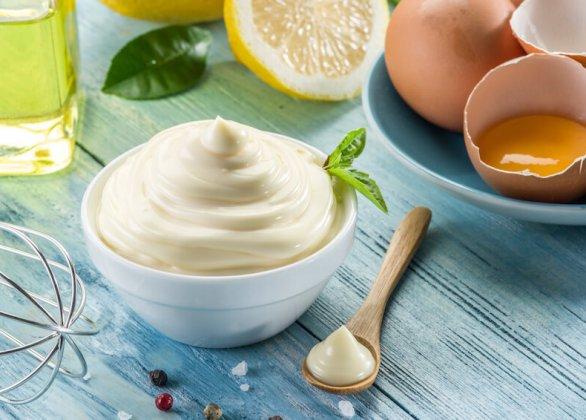 Darf ich Mayonnaise in der Schwangerschaft essen?