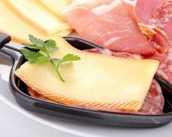 Darf ich Raclette-Käse in der Schwangerschaft essen?